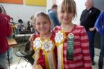 Kathryn en Eline met hun lintjes