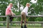Reese en Eline bekijken de gevorde racers